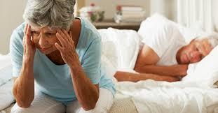 Nguyên nhân khiến người già ngủ không ngon, không sâu giấc